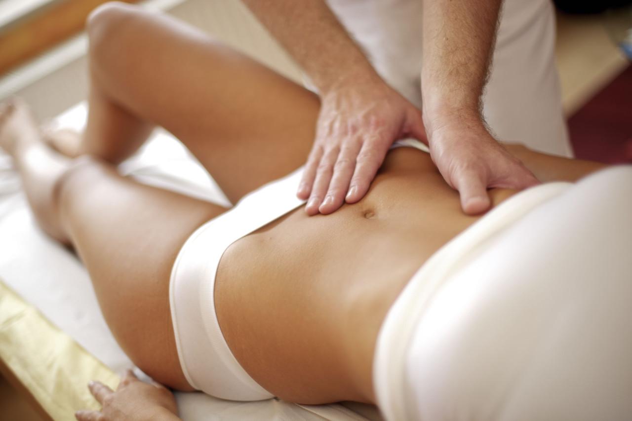 massage-1280x853